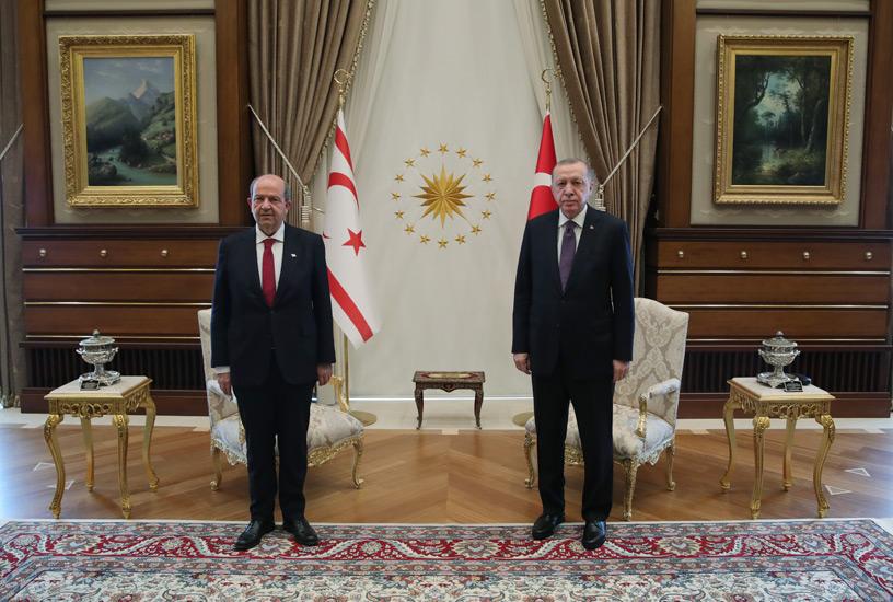 Cumhurbaşkanı Erdoğan, KKTC Cumhurbaşkanı Tatar ile bir araya geldi